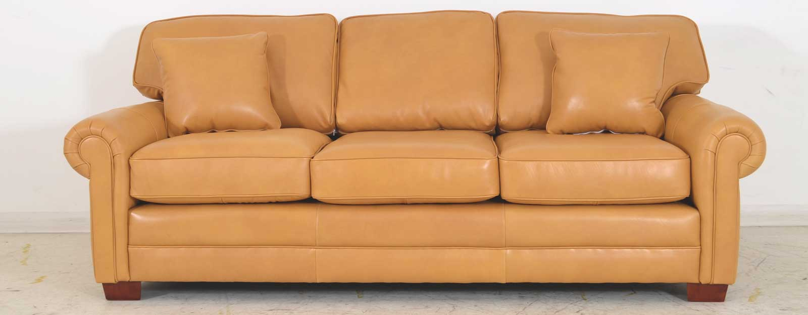 Lancaster Sofa With Cushions